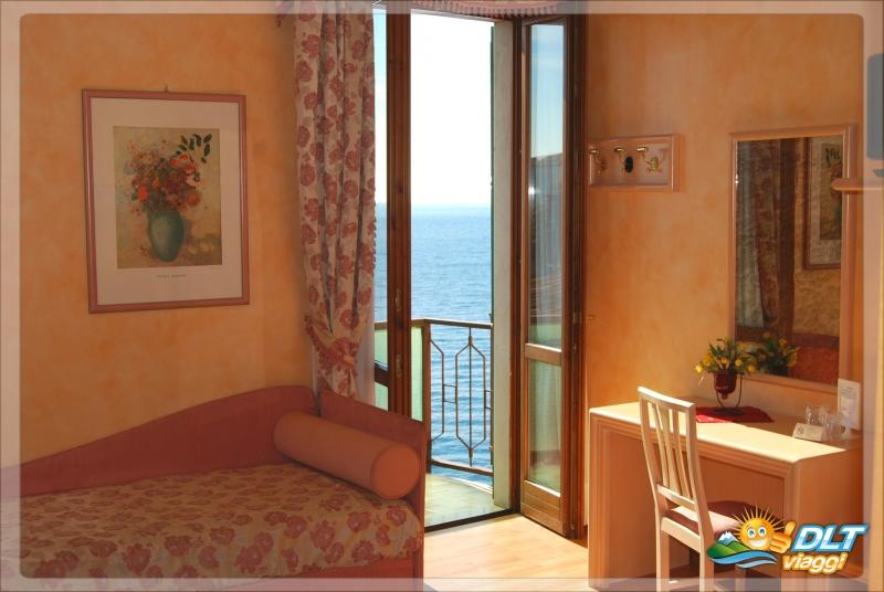 HOTEL BEL SOGGIORNO  Toscolano Maderno, Lombardia  DLT Viaggi