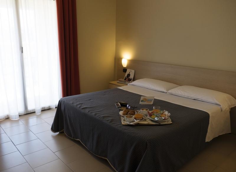 Heraclea Hotel Residence Policoro Basilicata Dlt Viaggi
