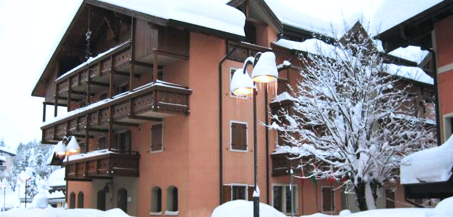 RESIDENCE SERRADA | Serrada di Folgaria , Trentino Alto ...