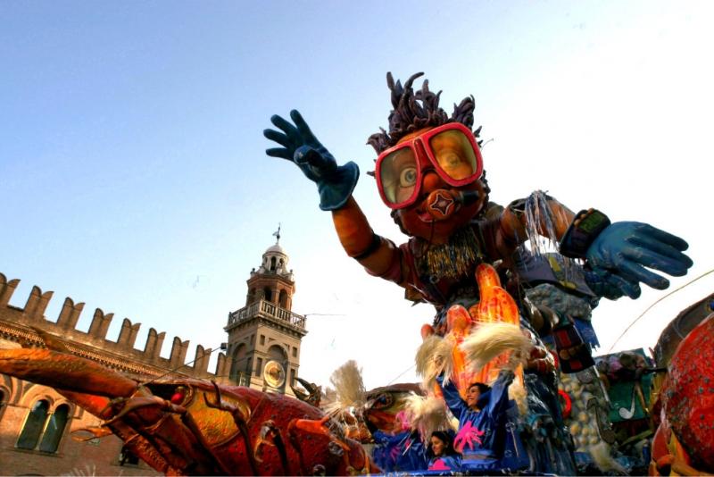 Carnevale Di Cento Cento Emilia Romagna Dlt Viaggi