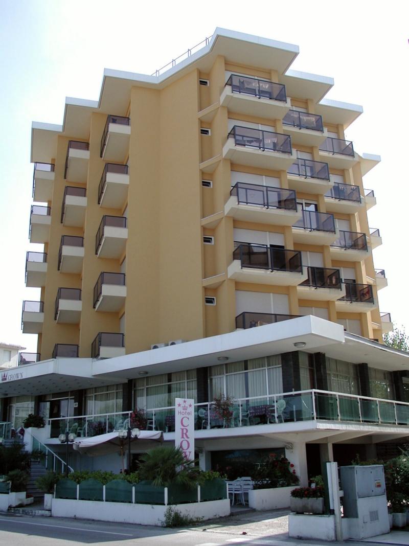 HOTEL CROWN | Rimini, Emilia Romagna | DLT Viaggi