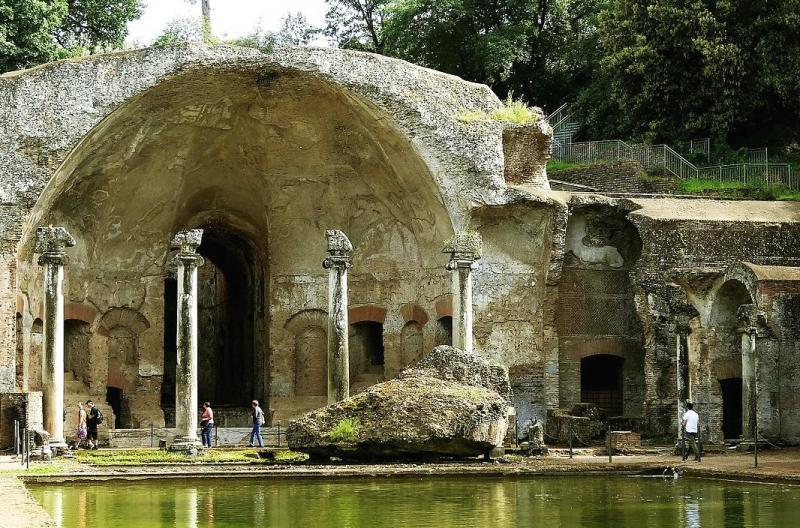 Villa Gregoriana Tra I Templi Romani E Le Cascate Di