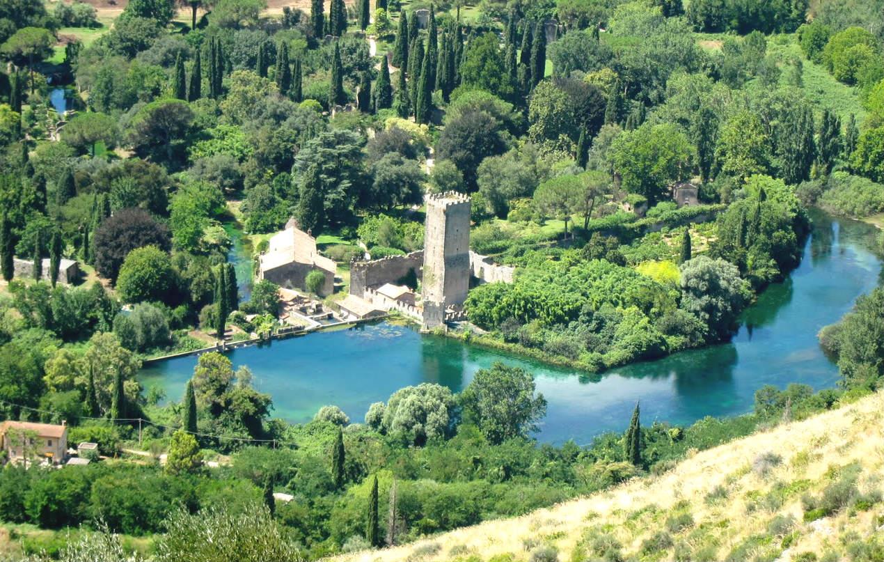 giardini di ninfa e castello caetani cisterna di latina