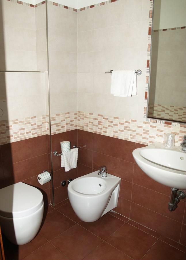 Hotel Mezza Pensione A Roma