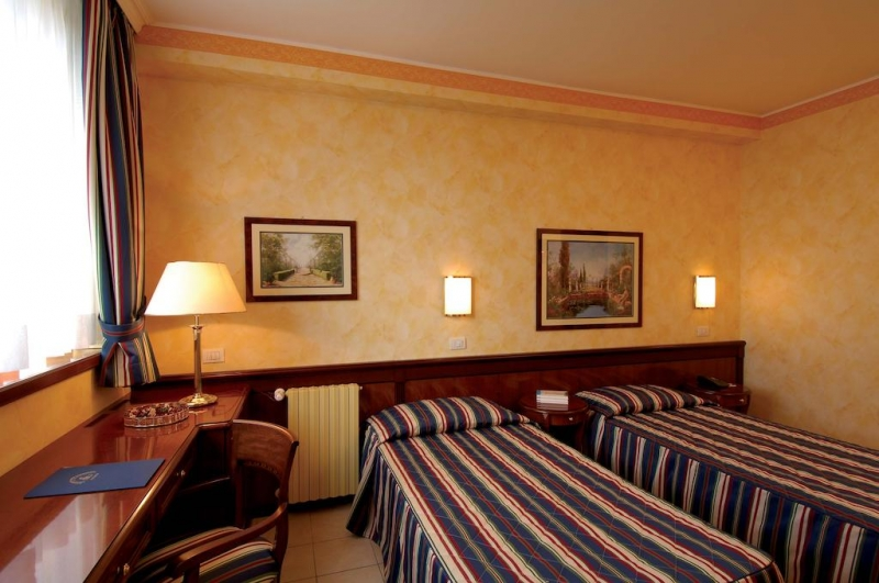 Hotel Mezza Pensione Milano Centro