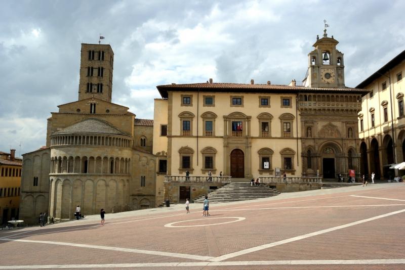 arezzo city of christmas arezzo tuscany dlt viaggi