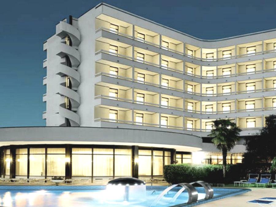 HOTEL COMMODORE | Montegrotto Terme, Veneto | DLT Viaggi