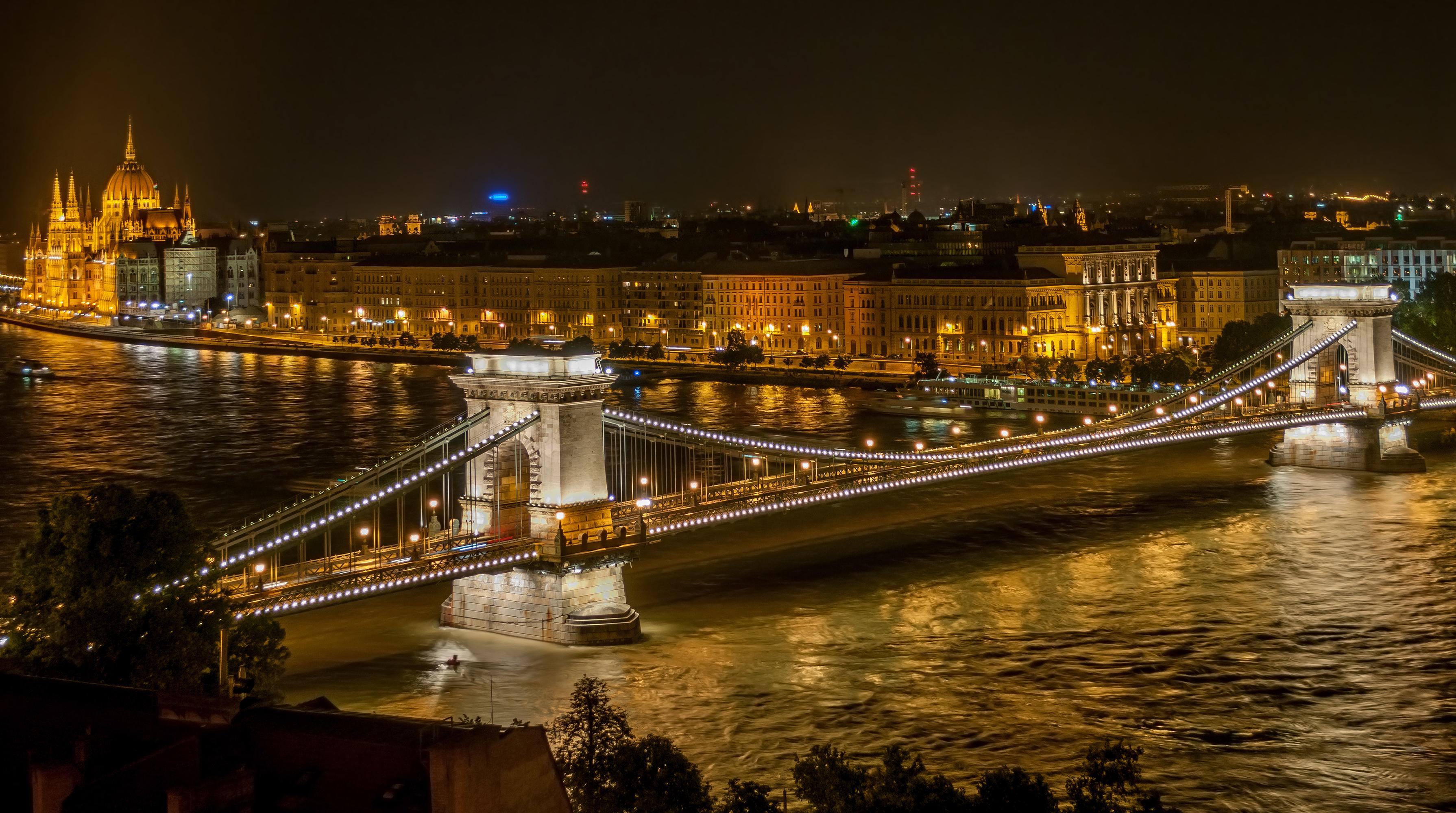 BUDAPEST LA PERLA DEL DANUBIO & PECS | Budapest, Ungheria | DLT Viaggi