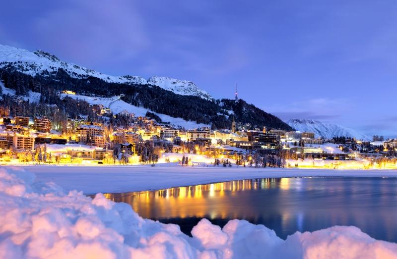 Mercatini Natale Livigno.Mercatini Di Natale Livigno St Moritz E Trenino Rosso