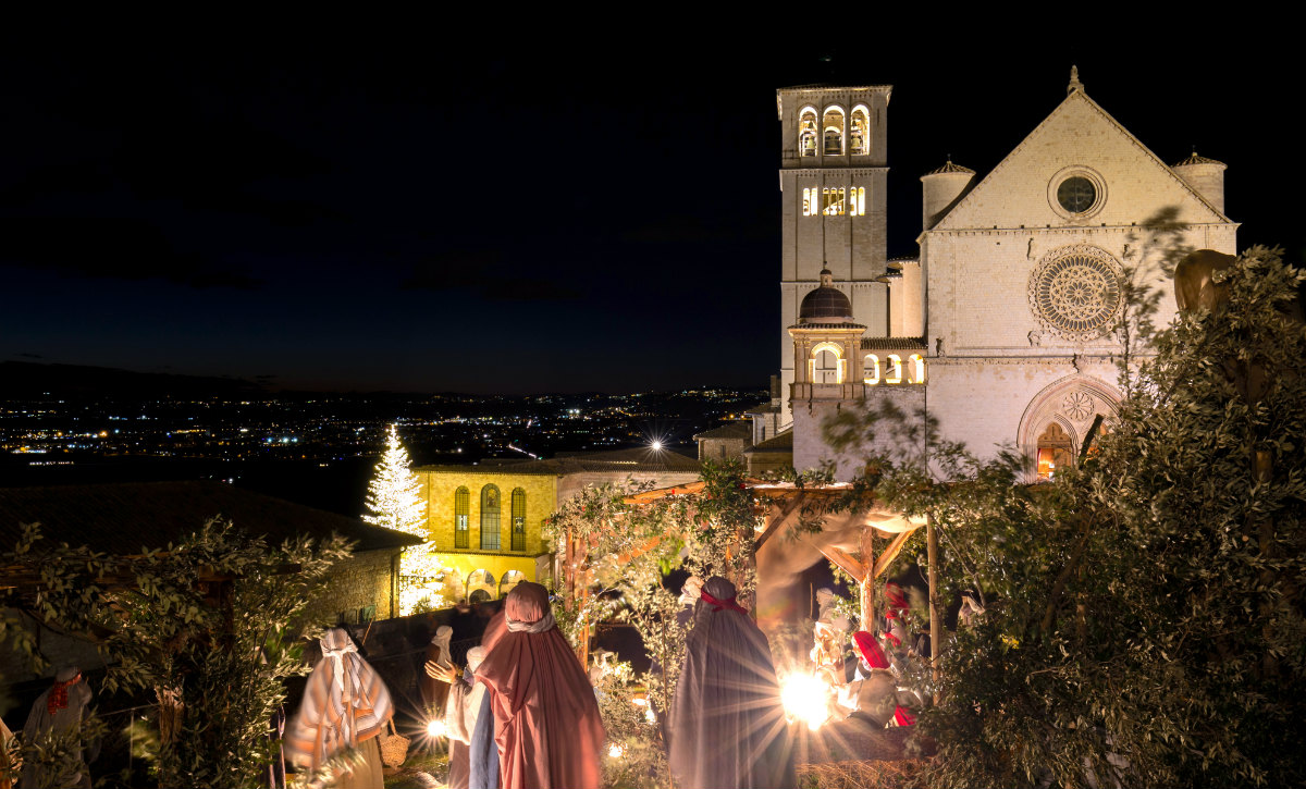 La Magia Del Natale In Umbria Mercatini Nella Rocca