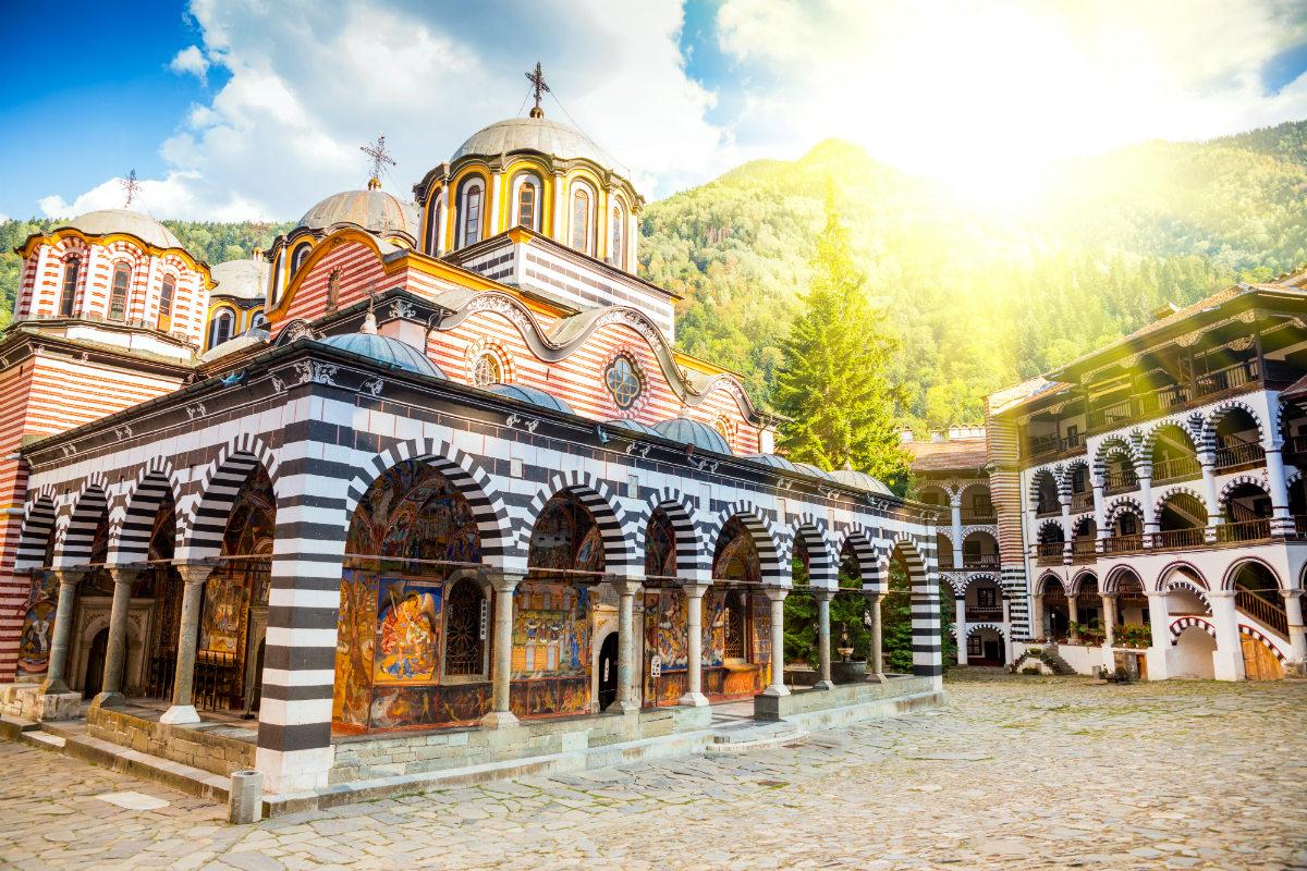 рильский монастырь болгария фото